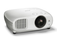 Videoproiettori: la famiglia Epson si allarga