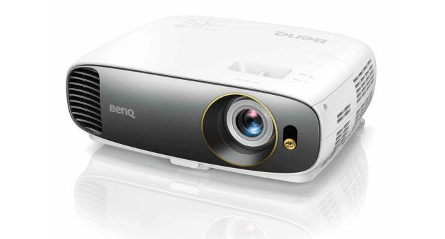 Videoproiettore BenQ W-1700, il più bello del reame