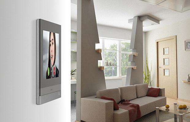 Hometouch BTicino: domotica e videocitofono connesso in un unico prodotto
