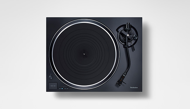 Technics_SL-1500C_blacktop