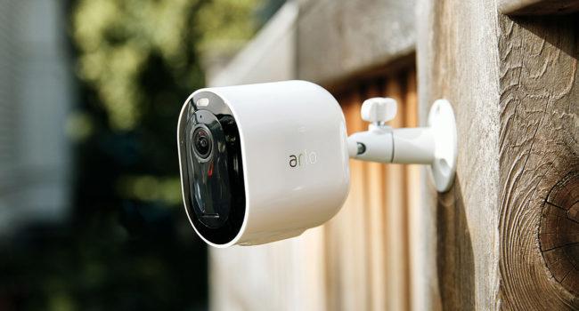 Arlo Pro 3: faretto per visione notturna e HDR migliorano la sicurezza