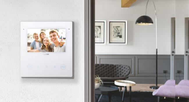 Vimar – Tante novità in arrivo, tra cui il nuovo videocitofono smart Tab 5S Up